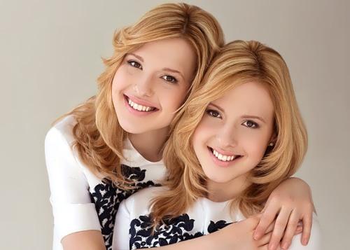 Tolmachevy-sisters-2
