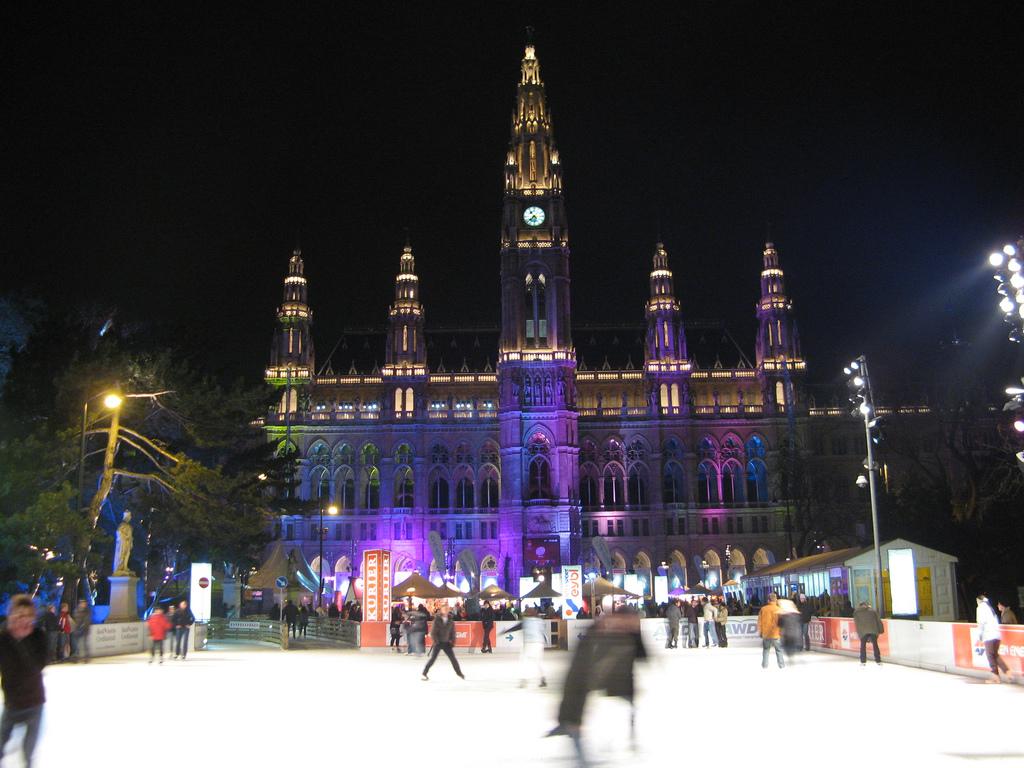 Viena Rathaus